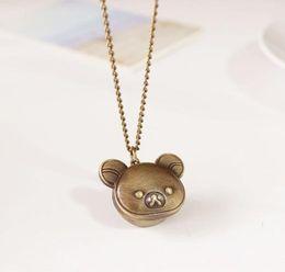 Nuevo reloj de bolsillo de oso Little Bear collar de mujeres collar de reloj para reloj de regalo relojes de cuarzo woman necklace clock deals desde mujer del reloj del collar proveedores