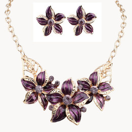 Newest jewelry sets Fashion jewelry With Crystals Flowers Diamante Oil Drip necklace&earrings jewelry set Easy-matching Free Shipping