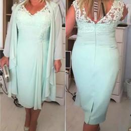 Mint Green V Neck Column Short Mother of the Bride Dresses With Jacket Plus Size 2017 Chiffon Evening Gowns Lace Tea Length EN6291