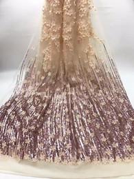 Descuento cosiendo flores 3d Material agradable de Tulle de la tarde del tejido neto del cordón de la flor 3D maravillosa con los cequis para coser JNZ109 (5yards / lot)