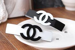 Wholesale Best offer Popular letter design hair clip hairpins white and black logo design barrettes Alligator clip women hair accessories