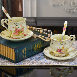 Delicate Elegant Ceramic Teacup Coffee Cup Set Afternoon Tea Cup Set with Sauser and Spoon