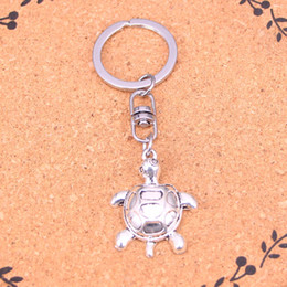 New Fashion tortoise Keychains Antique Silver plated Keyholder fashion Solid Pendant Keyring gift