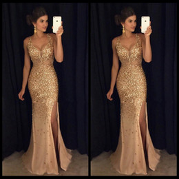 2020 Gorgeous Mermaid Gold Prom Dresses With Crystals Sexy V Neck Spaghetti Straps Front-Split Long Evening Party Gowns