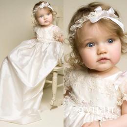 Descuento bandas para la cabeza de encaje blanco para bebés Vestido de baile del bautizo del bebé de Lolita de los nuevos muchachos de las muchachas Applique de marfil blanco del cordón del vestido del bautismo con la venda