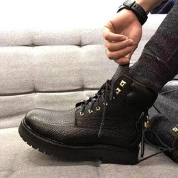 Wholesale Men s Engraving Lock Ankle Boots Fashion Designer Men Black Key Shoes Boys Genuine Leather Martin Boot Size A025