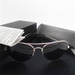 2017 gafas de diseño fresco Las gafas de sol de lujo de los hombres diseñan los vidrios de sol retros frescos unisex del metal de la lente de cristal de calidad superior del diseñador de la marca de fábrica del diseñador con toda la caja del caso gafas de diseño fresco baratos
