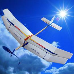 Descuento planeadores de bricolaje Juguetes educativos de la ciencia del muchacho de los juguetes del juguete de la diversión del aeroplano del avión del vuelo de la goma del planeador de Wholesale-DIY