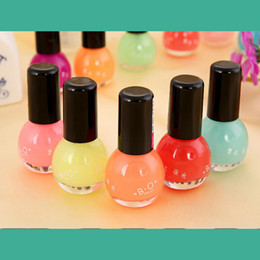 Wholesale Cheap Nail Paints - Wholesale-12 colors nail polish glow in the dark nail polish and paint Neon Fluorescent Luminous oil matte nail polish cheap nail polish