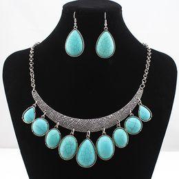 Wholesale Fashion Vintage Necklace Set Antique Silver Turquoise Jewelry Set Dangle Earrings Classic Pendant Design Fine Jewelry Sets