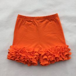 Wholesale hot selling toddler pants baby girl shorts solid color cotton lace lotus edge briefs short ruffle baby popular short