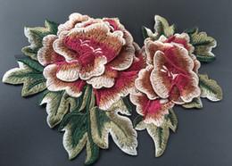 Cosiendo flores 3d en Línea-Patches de Applique del tejido del bordado para la ropa Peony rojo de la flor del Peony 3D cosen en el remiendo para los bolsos de ropa que cosen el accesorio 10pcs / lot