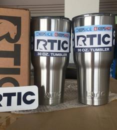 Acheter en ligne Eaux fraîches-RTIC Cups Tumbler Cups Car Cups Acier inoxydable 30 oz 20 oz Cooler Bilayer Isolation Bouteilles d'eau Tasses Mug Voyage KKA1544