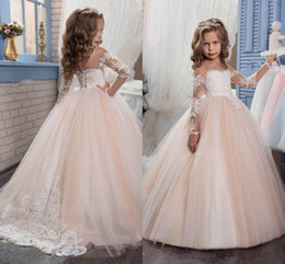 New Princess Vintage Beaded Arabic 2018 Flower Girl Dresses Long Sleeves Sheer Neck Child Dresses Beautiful Flower Girl Wedding Dresses