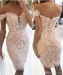 2018 Champagne Burgundy Lace Short Sheath Homecoming Party Dresses for Junoirs Seniors Off the Shoulder Beading Appliques Petite Prom Dress