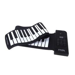 2017 enrollar 61 teclas Al por mayor- piano flexible 61 teclas teclado de piano electrónico silicio roll up piano sostener la función puerto USB con altavoz enrollar 61 teclas oferta