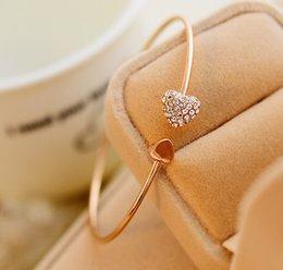 2017 boîtes à bijoux dames Nouvelle Mode Micropave Cubic Zirconia Bangle Haute Qualité Goldsilver femmes ouvert Coeurs bracelets Pour dames de mariage Bijoux NO Boîtes promotion boîtes à bijoux dames
