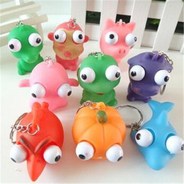 Wholesale Squeeze Toys Keychain Toy Vent Extrusion Small Toys Decompression Toys Squeeze a Critical Eye Doll Eyes Doll with Keychain DHL Free