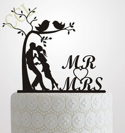 Wholesale Wedding Cake Topper Silhouette Bride and Groom Elegant and romantic MR MRS With Tree and birds Cake Topper wedding idea