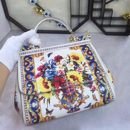 2017 shoulder hand bag leather diagonal minimalist fashion leisure bag solid palm print 25cm