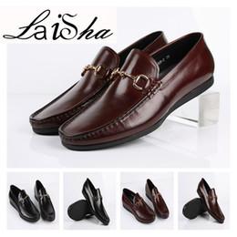 Descuento los hombres hechos a mano de los zapatos oxford Los hombres 2017 hombres visten los zapatos hechos a mano de encargo de Oxford del color del cuero de los zapatos del becerro de los hombres Tamaño partido 39-44