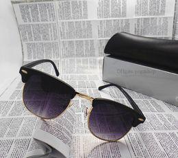 2017 mélanger le cas de la mode Lunettes de soleil des femmes des hommes de mode Brand Designer Lunettes de soleil des lunettes mix styles en gros UV 400 de haute qualité protéger avec tous les cas Box bon marché mélanger le cas de la mode