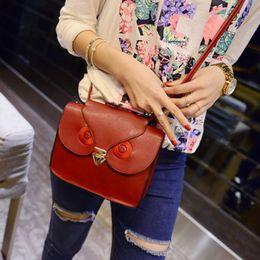 Las mujeres baratas bolsas de cuero negro en venta-Venta al por mayor-nuevo bolso de hombro de cuero 2015 barato búho impresión satélula mensajero mujeres bolsa de cuerpo de la Cruz bolso bolsos Negro Marrón Rojo