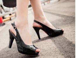 2017 chaussures habillées pour les femmes prix Prix de gros d'expédition libre du vendeur du vendeur chaud le nouveau style peep les orteils en cuir verni de haut talon chaussure d'habillement des femmes 190 budget chaussures habillées pour les femmes prix