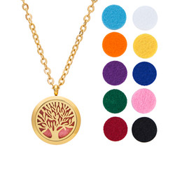 Wholesale Aromatherapy Necklace Essential Oils Diffuser Jewelry mm Diameter Surgical Stainless Steel Locket Pendant cm Chain Refill Pads