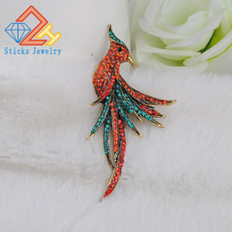 Fashion personality Female Peacock Brooch Beautiful Animal Bird Crystal Brooches Pins Factory Price Fashion Jewelry
