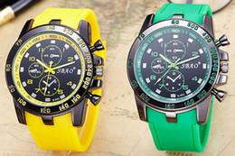 Relojes de cuarzo rojo verde en Línea-2017 Relojes de los nuevos relojes del Mens de la marca de fábrica del cuero genuino de la marca de fábrica Relojes del relogio del verde del varón del deporte del cuarzo del deporte de los relojes Reloj