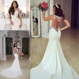 2017 New Sexy Mermaid Wedding Dresses Spring Summer Illusion Neck Appliqued Lace Beach Wedding Dress Button Back Court Train Bridal Gowns