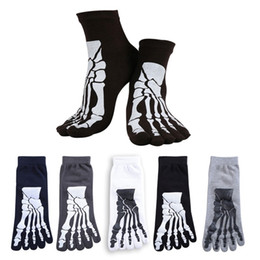 Wholesale-5 Colors Punk Rock Men's 3D Print Terror Skeleton Toe Socks Hip Hop Scary Skull Five Finger Odd Sox Bone Male Sport