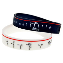 100PCS Lot Focus the Lens Silicone Wristband Classic Decoration Bracelet Great For Normal Day To Day Wear