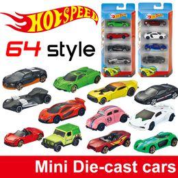 Fenêtres course en Ligne-Roues chaudes Mini voitures en alliage métal Voitures de base Diecast Modèle de véhicule 1:64 Boîte de fenêtre voiture de course / voiture de sport / cabriolet / jeep enfants jouets