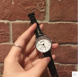 Wholesale Time Limited Big Sales Spring Another Simple Retro Art Fashion Watches Female Italy Lady Simpson Series of Classic All match