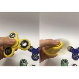 Wholesale Fidget Hand Spinner Fingertips Spiral Fingers Fidget Spinner EDC Hand Spinner Acrylic Plastic Fidgets Toys Gyro Toys With Retail Box