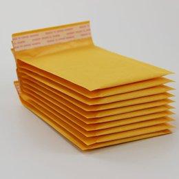 Acheter en ligne Kraft enveloppe jaune-100pcs Plusieurs tailles Jaune Kraft Bullet Mailing Enveloppe Sacs Bulle Mailers Enveloppes Rembourrées Emballage Sacs d'expédition