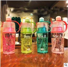 Nouvelle bouteille d'eau portable portable à l'eau de plein air avec des enfants en paille Bouilloire pour enfant Bouteille d'eau sportive Livraison gratuite free water bottles for kids for sale à partir de bouteilles d'eau gratuits pour les enfants fournisseurs