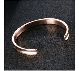 Descuento alto acero inoxidable pulido Brazalete de brazalete de pulsera de acero inoxidable, bordes cepillados metálicos pulidos para las niñas