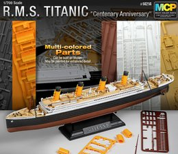 Wholesale ACADEMY Multi Colored Parts Scale RMS Titanic Model Kit Ship Toy