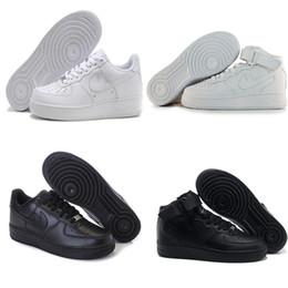 Altos tops hombres 45 en venta-2017 de calidad superior NUEVA sirven la manera los zapatos blancos altos altos altos del aire Mujeres negras del amor unisex los 1 euro 36-45