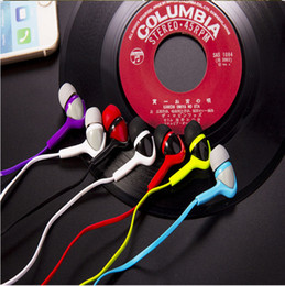 Wholesale Advantages in ear type bass candy color mp3 headphones General Subwoofer flat headphones