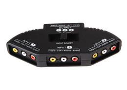 Promotion câbles xbox av Nouveau sélecteur de haute qualité 3 ports Video Switcher Game AV Signal Switch Cable AV RCA AV Splitter Convertisseur audio pour XBOX pour PS TV