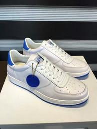 La conception de chaussures de couleur en Ligne-2017 NOUVEAU SPORT MODE LUXE DESIGN CASQUETTES HOMME MARQUE DESIGNER Cuir véritable SNEAKERS MENS course coureurs couleur pure
