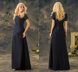 2017 Mother Of The Bride Scoop Neck Short Sleeve A Line Long Floor Length Navy Blue Appliques Lace Formal Plus Mother Dress