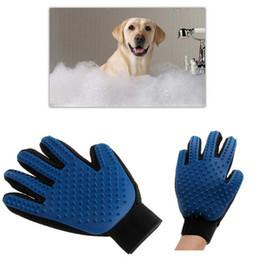 Wholesale Silicone True Touch Glove Deshedding Gentle Efficient Pet Grooming Dogs Bath Pet Supplies Blue Color