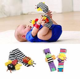 Chaussettes lamaze hochet en Ligne-New Arrivage seulezy Wrist rattle foot finder Jouets pour bébés Baby Rattle Chaussettes Lamaze Peluche Wrist Rattle + Foot chaussettes bébé