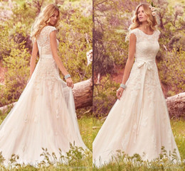 Wholesale 2017 Lace Tulle Bohemian Wedding Dresses Modest Cap Sleeves Jewel Neck Buttons Back vestidos de novia Boho Summer Wedding Gowns BA4300