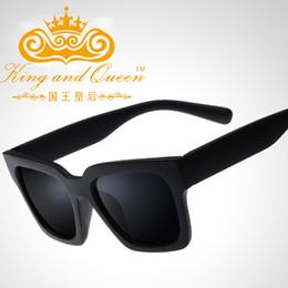 Compra Online Machos negros-Gafas de sol masculinas cuadradas de las gafas de sol de los hombres de la Venta al por mayor-Manera que conducen los vidrios negros de la capa de los oculos de las gafas de sol Gafas retras De Sol UV400